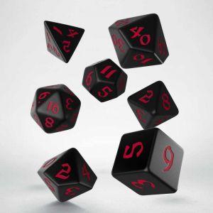 Classic Runic Dice Set Black / Red