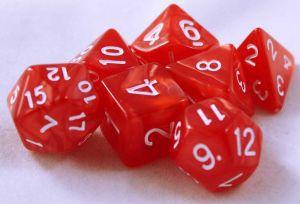 Röd melerade, 7 tärningar, vita siffror